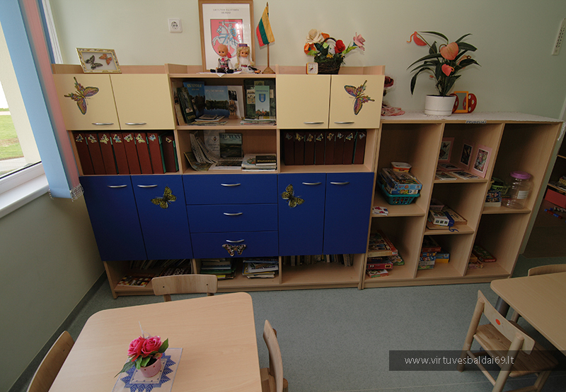 baldai-mokykloms-ir-darzeliams-internetu-kaina-vilniuje
