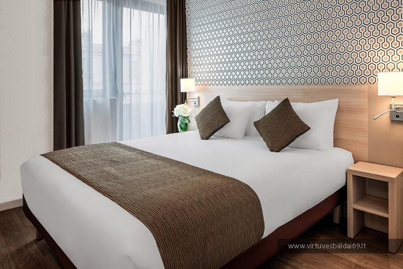 dvigules-lovos-minkstieji-miegamojo-baldai-viesbuciams