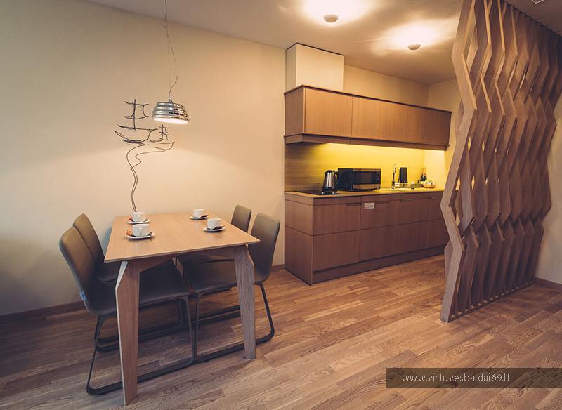 kokybiski-virtuves-svetaines-baldai-viesbuciams-internetu
