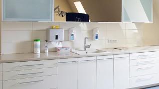 Medicinos laoratorijų baldai laboratorijai gamyba