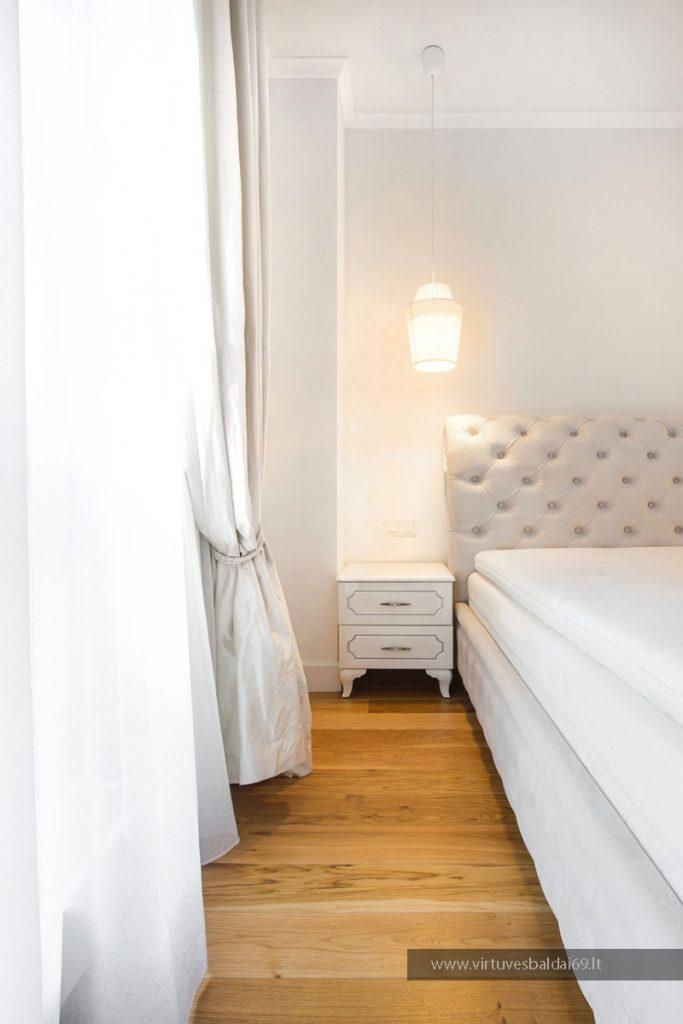 miegamojo-baldai-spinteles