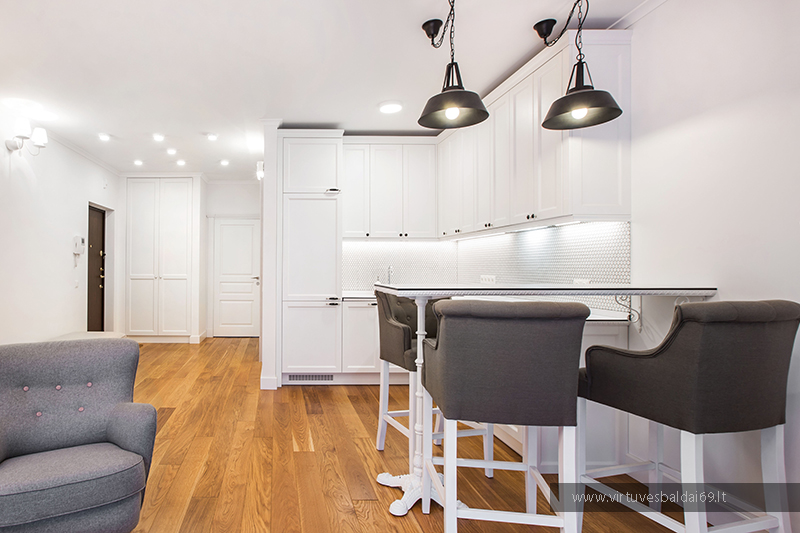 klasikiniai-virtuves-baldai
