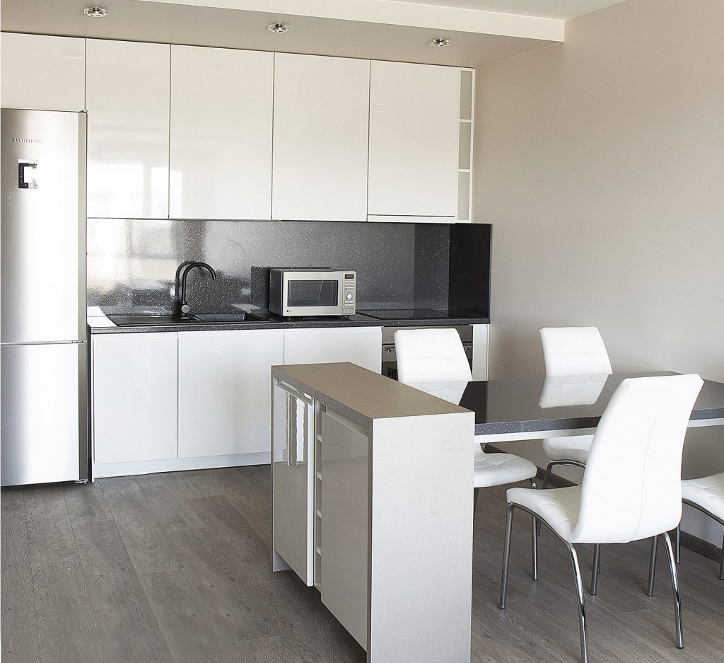 moderni-virtuvė